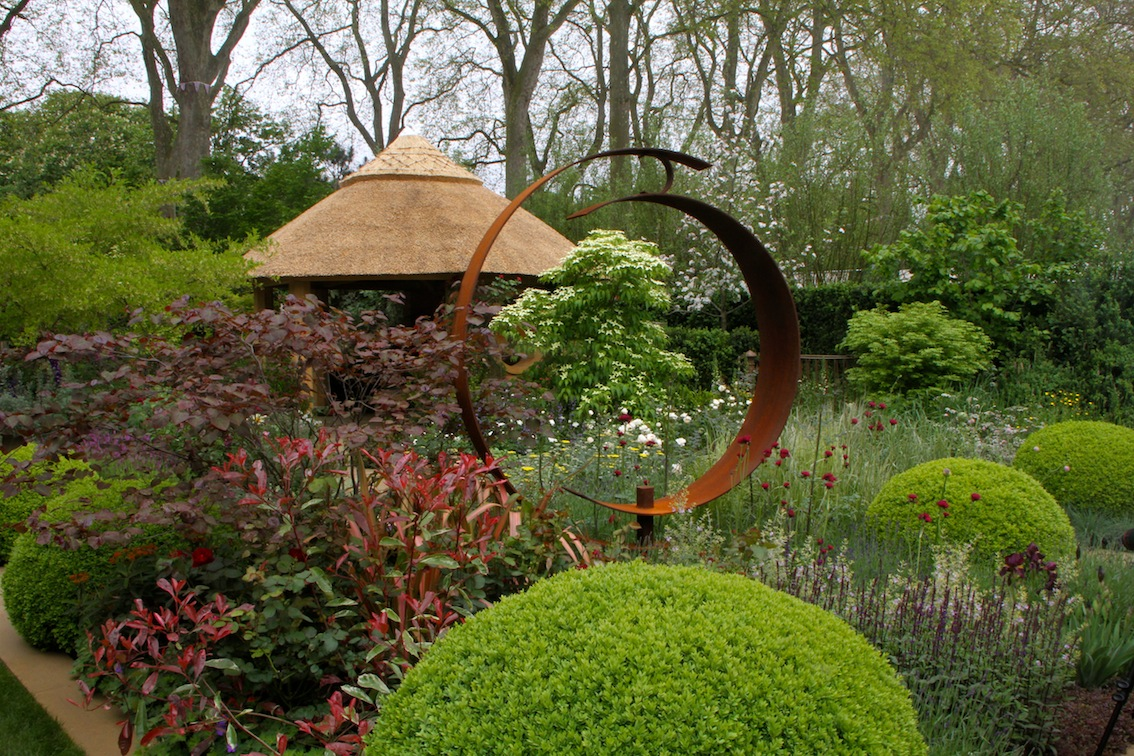 M and s chelsea flower show 2013